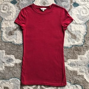 Red short sleeve